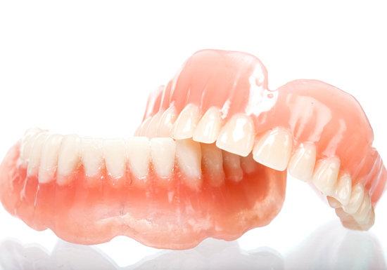 入れ歯|白河のジュンデンタルクリニック